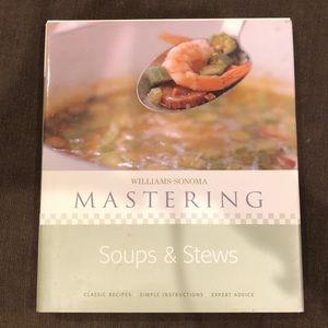 Williams-Sonoma Mastering Soups & Stews cookbook